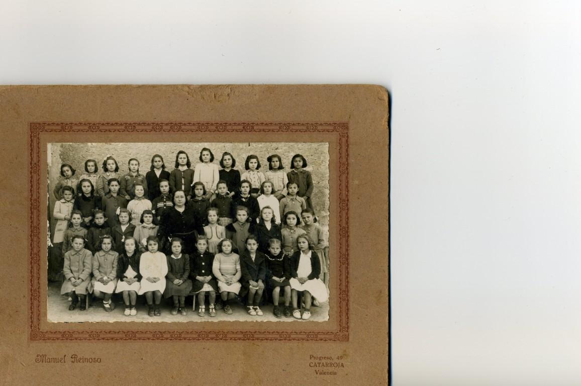 ESCOLA-DE-XIQUETES-1943-NA-VICENTA